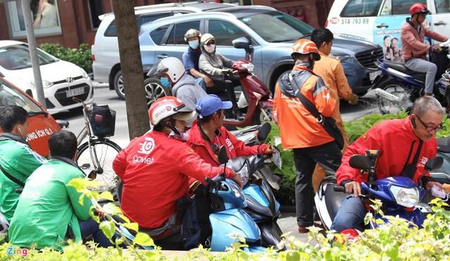Cuộc chiến App gọi xe: Go-Viet tuyên bố chiếm 35% thị phần xe 2 bánh tại TPHCM, FastGo nói chiếm 20% xe 4 bánh, vậy thị phần của Grab còn bao nhiêu? - Ảnh 1.
