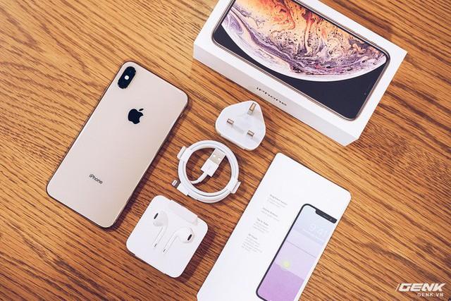 đầu tư giá trị - photo 1 1537493120750387824835 - iPhone XS Max đầu tiên về Việt Nam trước cả khi Apple mở bán, giá từ 33.9 triệu đồng
