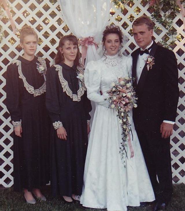 Cuộc sống hạnh phúc bên 5 người vợ và 25 đứa con của ông chồng hào hoa nhất nước Mỹ - Ảnh 2.