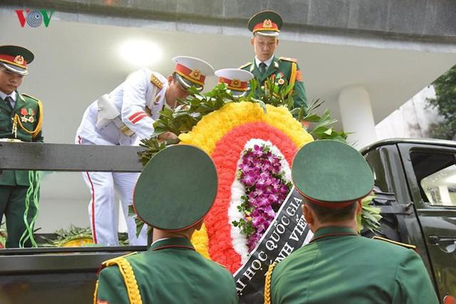 Hình ảnh cỗ linh xa đưa linh cữu Chủ tịch nước Trần Đại Quang về đất Mẹ - Ảnh 5.