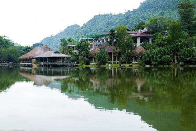 đầu tư giá trị - 156a3468 15359391163351629660959 - Ngỡ ngàng cảnh đẹp ở Thung Nham Ninh Bình những ngày chớm thu