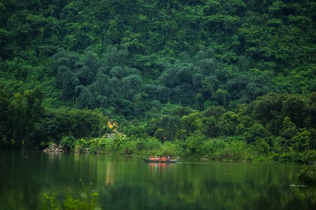 đầu tư giá trị - 156a3509 1535939116369397609810 - Ngỡ ngàng cảnh đẹp ở Thung Nham Ninh Bình những ngày chớm thu