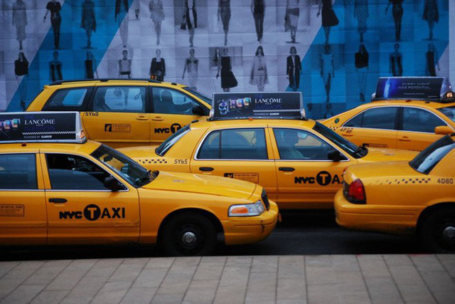 Tại sao taxi thường được sơn màu vàng? - Ảnh 3.