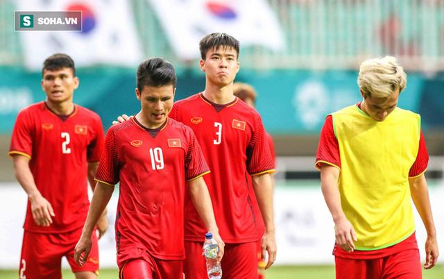 Trả lời báo Hàn Quốc, HLV Park Hang-seo chỉ ra điều bóng đá Việt Nam còn yếu kém - Ảnh 1.