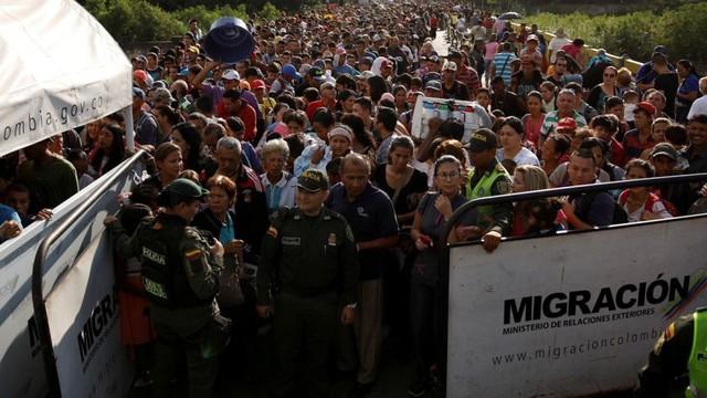 Khủng hoàng di cư tại Venezuela - Ảnh 1.