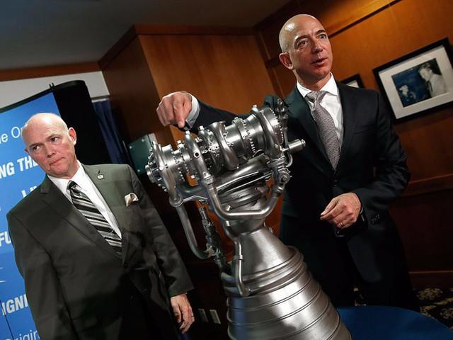 đầu tư giá trị - photo 12 15361315390551348080785 - Giàu nhất thế giới, Jeff Bezos vẫn rửa bát sau mỗi bữa tối