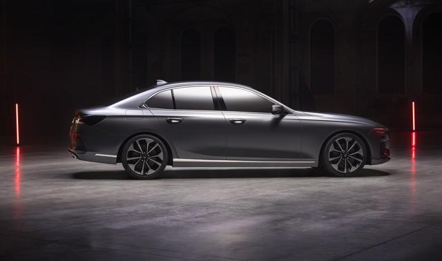 VinFast công bố những hình ảnh ngoại thất đầu tiên của 2 mẫu xe Sedan và SUV - Ảnh 4.