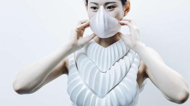 Mang cá nhân tạo giúp con người có thể thở được dưới nước - Ảnh 2.