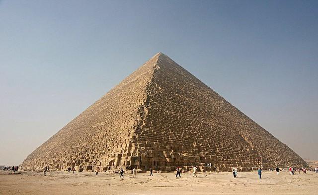 Tại Ai Cập, các nhà khoa học tìm thấy viên đá chưa từng xuất hiện trên Trái Đất hay trong Vũ trụ - Ảnh 1.