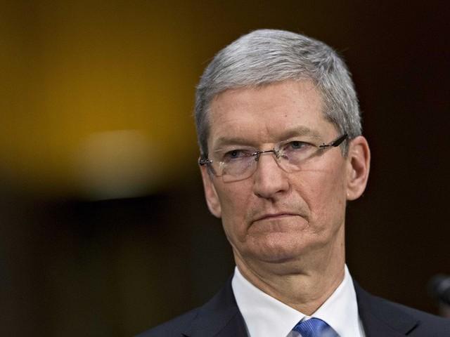 Apple đối mặt với 32 vụ kiện tập thể vì làm chậm iPhone - Ảnh 1.