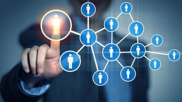 Là dân sales, công cụ quan trọng nhất bạn luôn phải ghi nhớ và thực hành thường xuyên chính là: Quan hệ, quan hệ và quan hệ! - Ảnh 1.