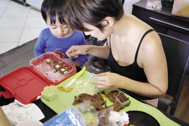 Hộp cơm Bento và áp lực vô hình trong những bữa cơm trưa của trẻ em Nhật Bản - Ảnh 2.