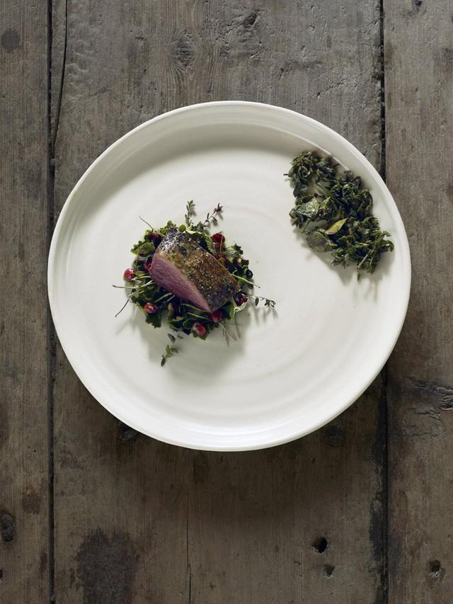 Một trong những nhà hàng ngon nhất thế giới lại nằm ở vùng hẻo lánh, nhiệt độ - 40 độ C và muốn ăn thì phải đặt chỗ trước vài tháng - Ảnh 14.