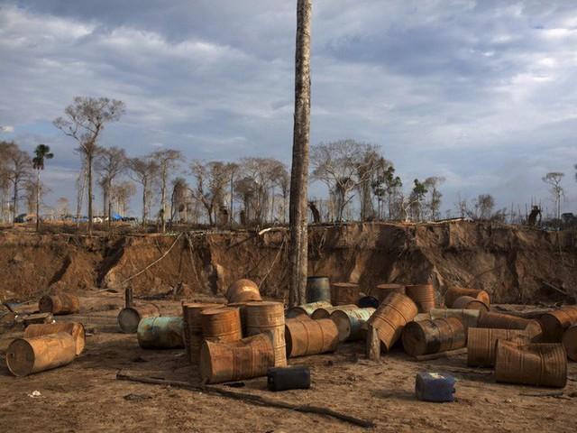 24 bức ảnh cho thấy rừng Amazon từ lá phổi xanh của thế giới đã trở thành chứng tích cho sự tàn phá của con người - Ảnh 20.
