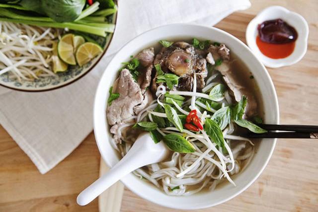 CNN vinh danh 30 đặc sản ngon nhất thế giới, Việt Nam có tới 2 món ăn trong danh sách này - Ảnh 3.