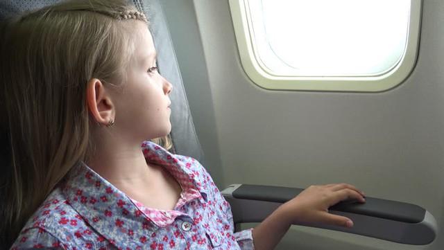 Gặp một bé gái bị ung thư trên chuyến bay, câu nói của cô bé đã làm thay đổi cuộc đời tôi mãi mãi - Ảnh 2.