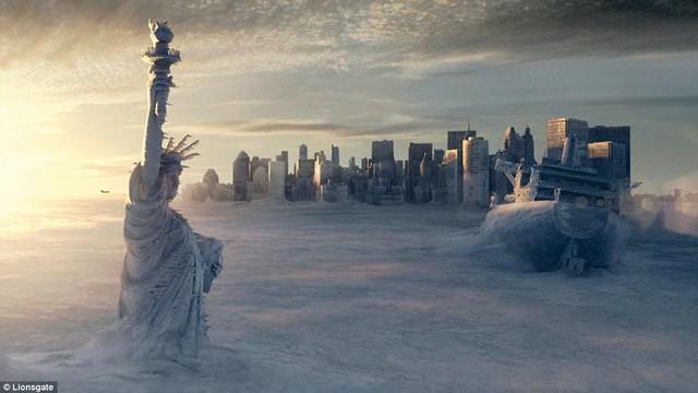Sau trận bão tuyết kinh hoàng, thành phố New York hoang tàn, ảm đạm như trong phim Ngày Tận Thế - Ảnh 4.