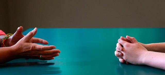 Gửi những người trẻ sắp cưới: Đừng bao giờ kết hôn chỉ vì yêu, thôi ảo tưởng tiền bạc không quan trọng và hãy học cách cãi nhau mà không phải kết thúc bằng câu Cô im đi - Ảnh 4.