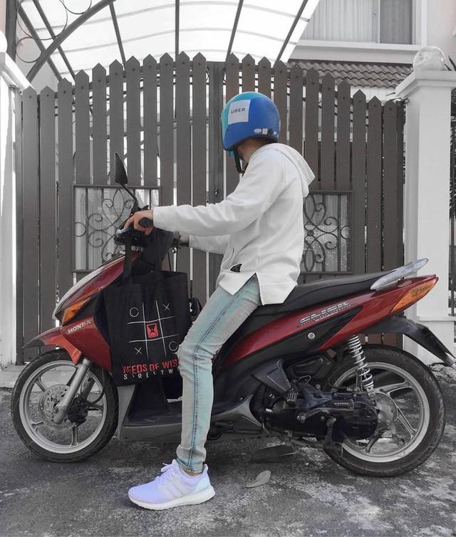 Đồng phục UberMOTO bất ngờ thành trào lưu thời trang mới của giới trẻ Việt, được lùng mua gay gắt trên MXH - Ảnh 10.