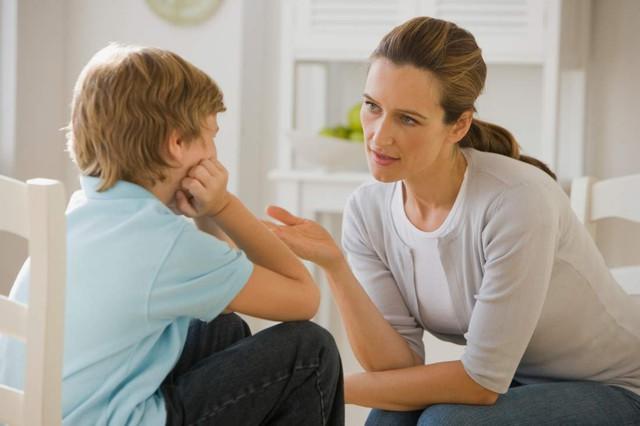 Đừng vội trách con cái hư, hãy trách bố mẹ chưa biết dạy con cách cư xử! - Ảnh 1.