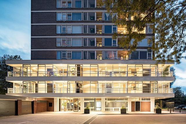 Ngôi nhà đúng chất đô thị trong không gian tinh tế và phong cách không thể nhầm lẫn - Ảnh 13.
