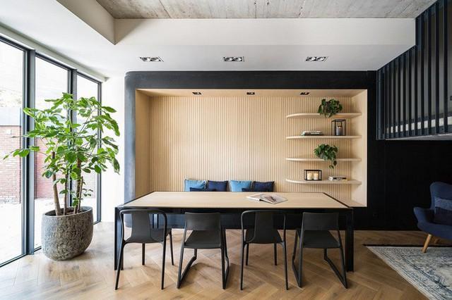Ngôi nhà đúng chất đô thị trong không gian tinh tế và phong cách không thể nhầm lẫn - Ảnh 4.