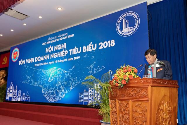 Hải quan TP. Hồ Chí Minh tôn vinh 200 doanh nghiệp đóng thuế tiêu biểu năm 2018 - Ảnh 1.