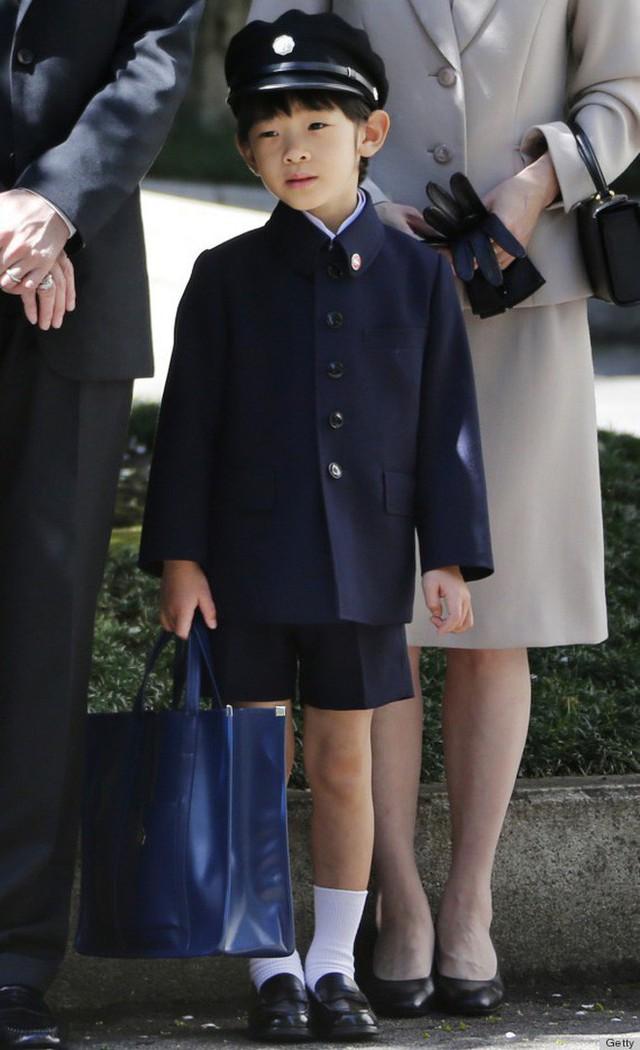 Đâu chỉ có ở Anh, các em bé hoàng gia trên khắp thế giới cũng toàn cực phẩm, xinh như thiên thần, đại diện châu Á đáng gờm không kém - Ảnh 27.