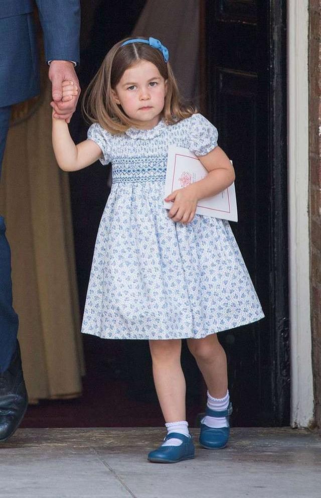 Đâu chỉ có ở Anh, các em bé hoàng gia trên khắp thế giới cũng toàn cực phẩm, xinh như thiên thần, đại diện châu Á đáng gờm không kém - Ảnh 9.