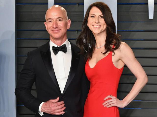 Tuổi thơ dữ dội của Jeff Bezos: Họ Bezos là của cha dượng, cha đẻ biệt tích mấy chục năm mới gặp lại - Ảnh 10.