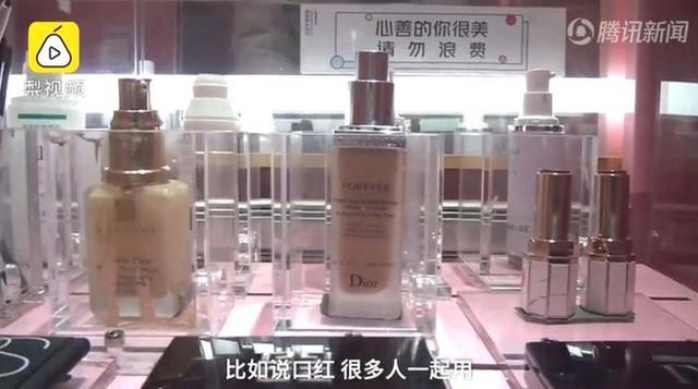 Nền kinh tế chia sẻ Trung Quốc lại có một kiểu kinh doanh mới: Dùng chung mỹ phẩm và phòng trang điểm - Ảnh 3.