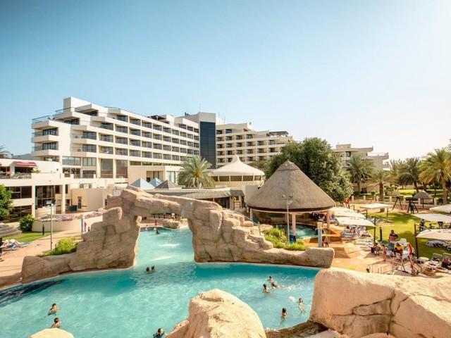 Trước trận quyết đấu Yemen, tuyển Việt Nam chuyển tới ở resort sang chảnh bậc nhất UAE - Ảnh 2.