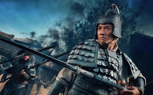 Vì sao Lưu Bị thà ủy thác con cho Khổng Minh, Lý Nghiêm chứ quyết không phải là Triệu Vân? - Ảnh 1.