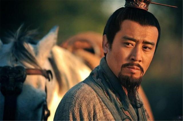 Vì sao Lưu Bị thà ủy thác con cho Khổng Minh, Lý Nghiêm chứ quyết không phải là Triệu Vân? - Ảnh 2.