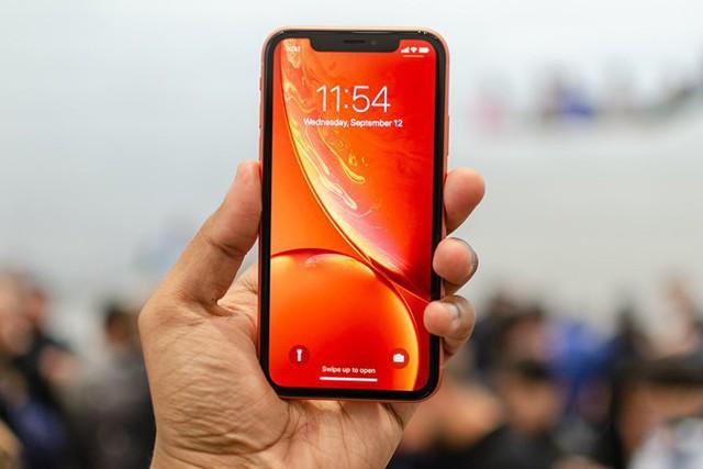WSJ: Theo thời gian, iPhone rồi cũng sẽ bị lãng quên như Walkman mà thôi! - Ảnh 1.