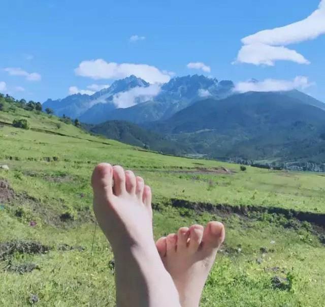 Cô gái xinh đẹp thoát khỏi trầm cảm nhờ làm vườn, biến mảnh đất 1300m² thành nơi vạn người muốn sống - Ảnh 8.