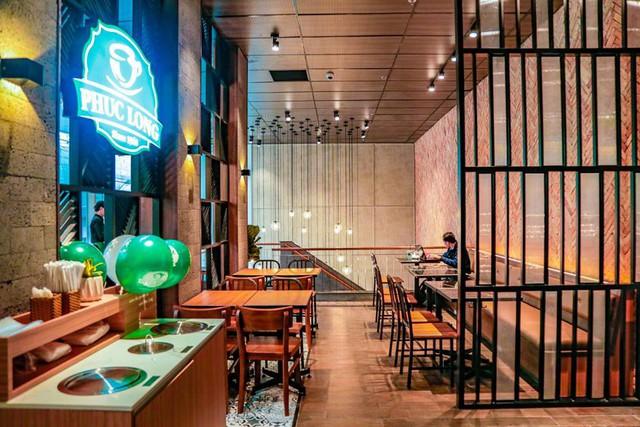 Chuỗi Phúc Long đã chính thức Bắc tiến, cửa hàng đầu tiên tại Hà Nội đặt ngay kế bên 2 đại gia Starbucks và Highlands Coffee - Ảnh 5.