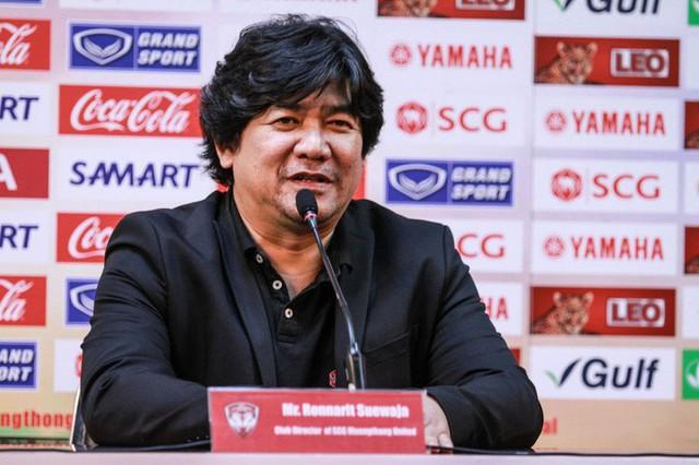 Nhanh và nguy hiểm như ông lớn của bóng đá Thái Lan: Vừa nói mua thêm người đã có ngay thủ môn số 1 Việt Nam - Ảnh 1.
