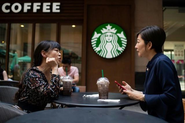 3 đòn chí mạng giúp startup 1 năm tuổi làm lung lay đế chế Starbucks - Ảnh 3.