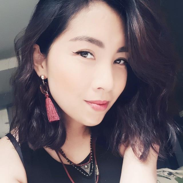 Bộ Ngoại giao thông tin chính thức vụ nữ du khách Việt bị mắc kẹt tại Pháp - Ảnh 2.