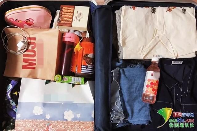 Chết cười với vali về quê của sinh viên: Mang một đống sách vở về học vì ngại đi chơi - Ảnh 16.