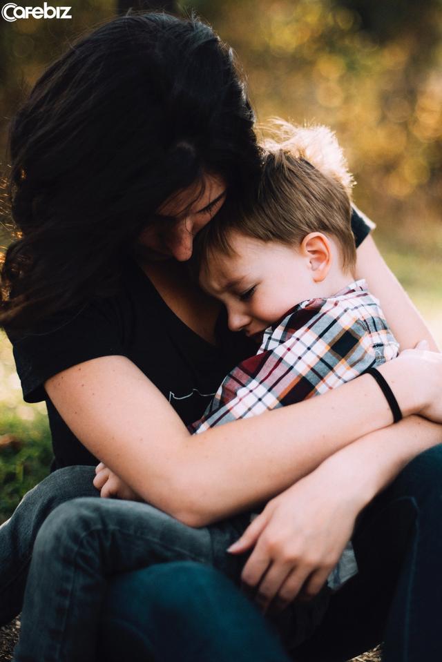 Cách dạy con của mẹ Mỹ gói trọn trong 3 nguyên tắc kinh điển: Các bà mẹ phương Đông phải học hỏi gấp nếu muốn con trở thành người bản lĩnh, quyết đoán! - Ảnh 1.