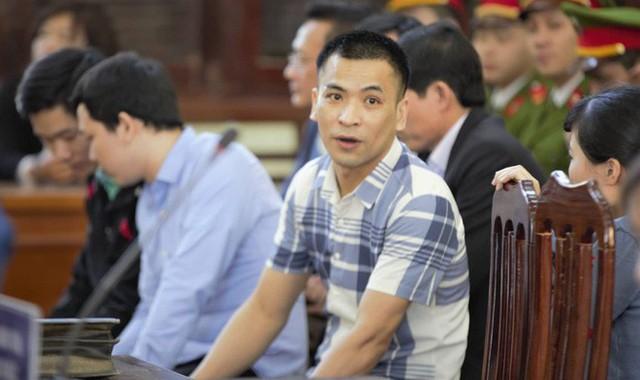 [Nóng] Vụ án chạy thận: Tòa tuyên Hoàng Công Lương 42 tháng tù giam - Ảnh 2.