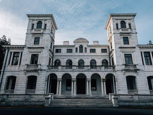 """10 villa bị bỏ hoang từng được coi là """"đỉnh cao xa xỉ"""" - Ảnh 3."""