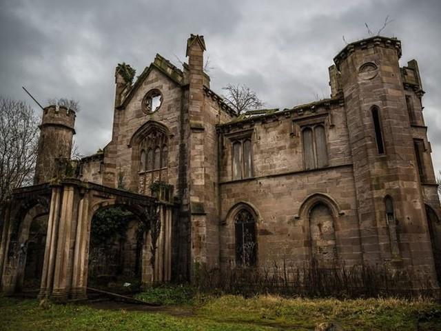 """10 biệt thự bị bỏ hoang từng được coi là """"đỉnh cao xa xỉ"""" - Ảnh 4."""