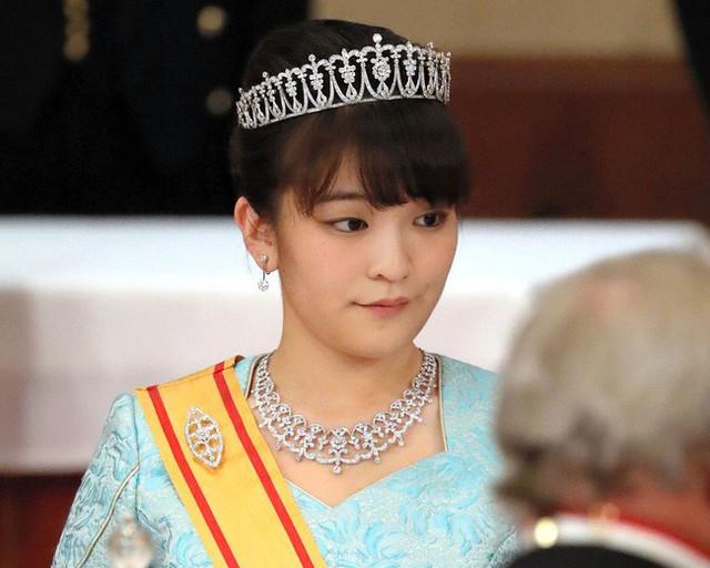 Điều ít biết về công chúa Nhật Bản tài sắc vẹn toàn, chấp nhận thành thường dân để kết hôn với chàng trai nghèo khó - Ảnh 6.