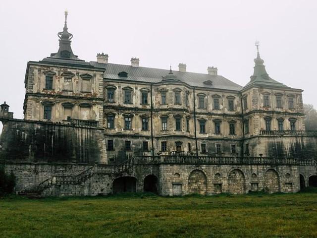 """10 biệt thự bị bỏ hoang từng được coi là """"đỉnh cao xa xỉ"""" - Ảnh 6."""
