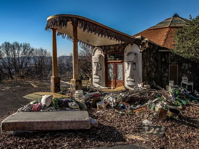 """10 biệt thự bị bỏ hoang từng được coi là """"đỉnh cao xa xỉ"""" - Ảnh 8."""