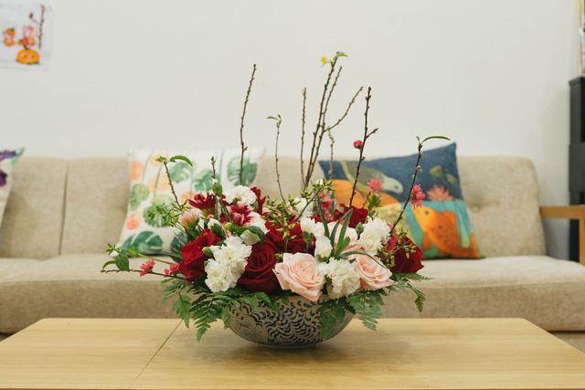 Mẹ 8x Hà Nội hướng dẫn 3 cách dùng hoa truyền thống, giá dưới 500 ngàn để trang trí nhà đón Tết - Ảnh 8.