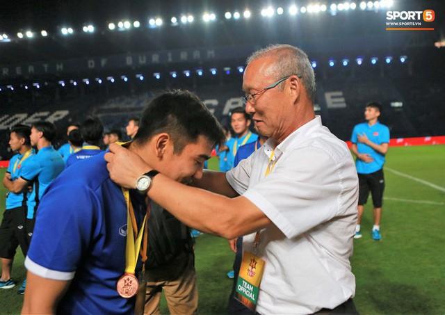 HLV Park Hang-seo bước sang tuổi 60: Từ sinh viên nghiên cứu thảo mộc đến huyền thoại bóng đá Việt Nam - Ảnh 17.